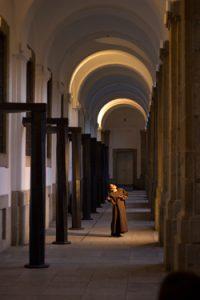Modo de visitar conventos